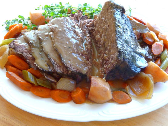 Crock Pot Yankee Pot Roast With Vegetables Foodgasm Recipes
