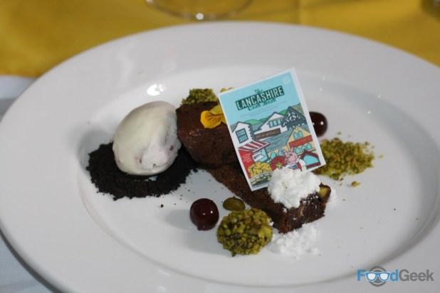 Bertram's Burnley: Pistacho & Chocolate Brownie
