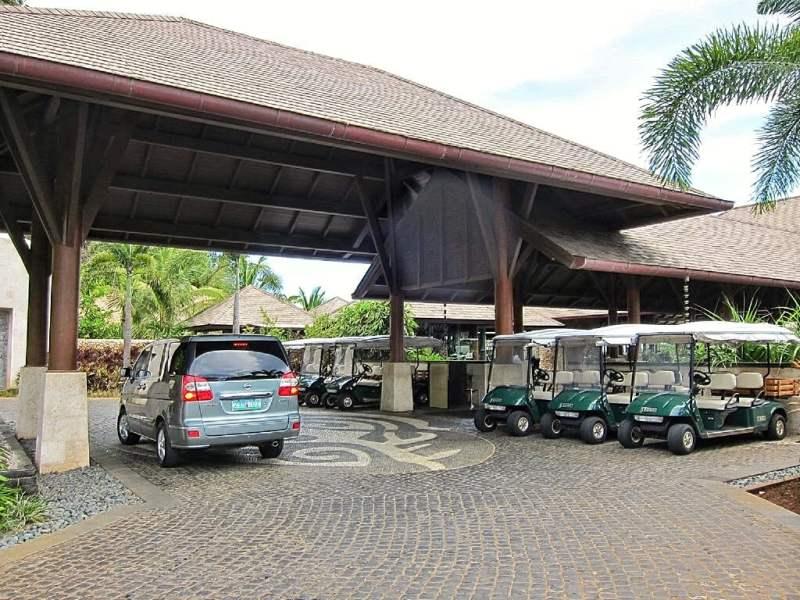 Main driveway into the resort