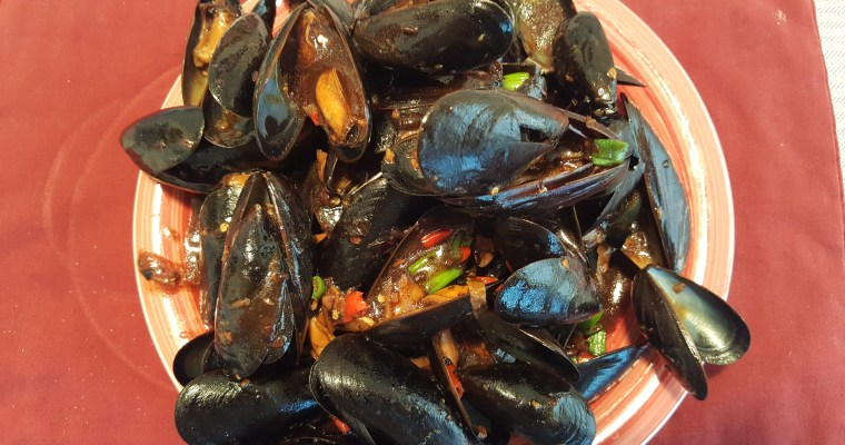 Black Bean Mussels