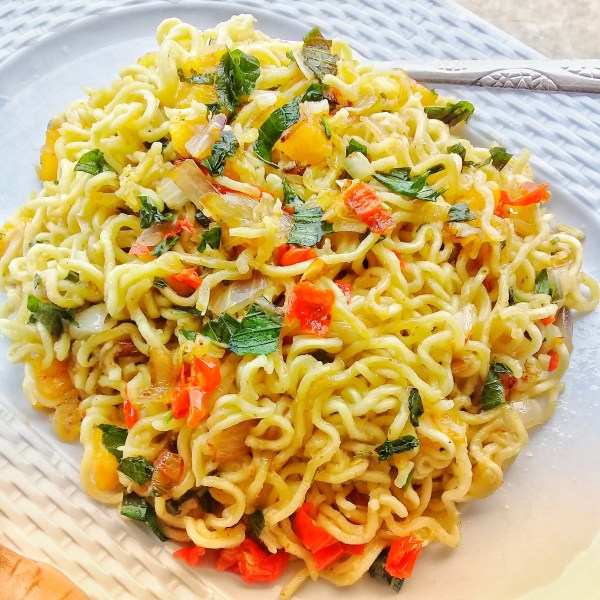 How to spice up noodles with scentleaf and plantain