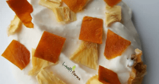 Dried mango and pineapple by Laalfifarms