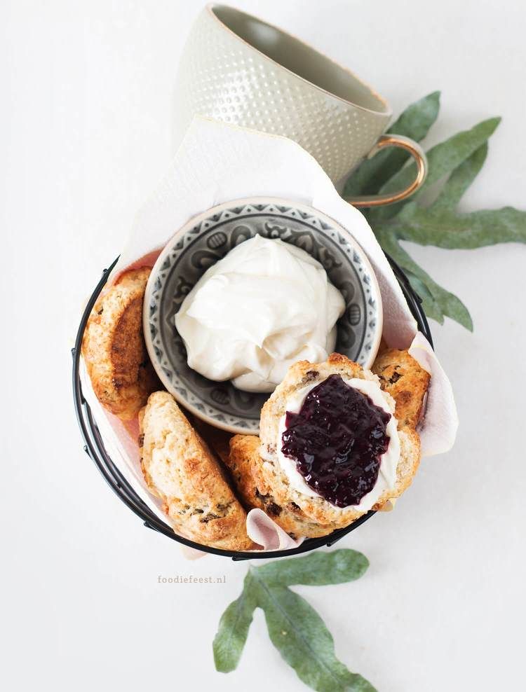 engelse scones met clotted cream recept
