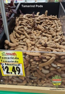TAMARIND-IN-SHELL-MEXICAN-MARKET-FOODIE-GARDENER-BLOG