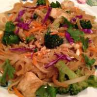 Chicken Pad Thai With Broccoli and Peanut Sauce