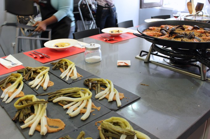 Calcots with romesco Barcelona Cooking Class