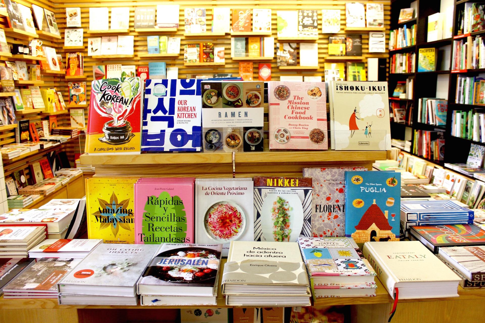 Books El Café de la Central