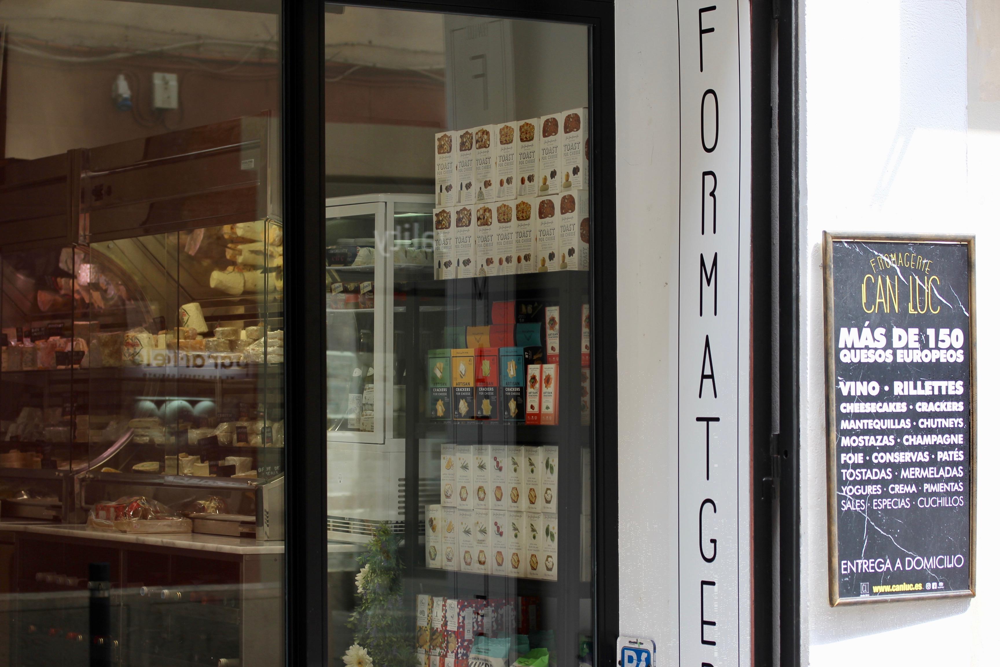 Can Luc Formatgeria cheese Gràcia