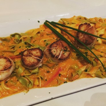 Scallops with pasta