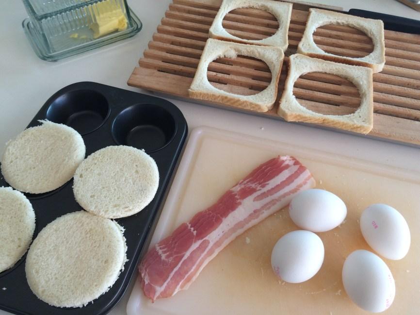 Toast ausstechen