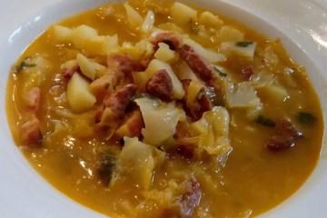 Ujušak je jače začinjeno jušno jelo za zimske dane