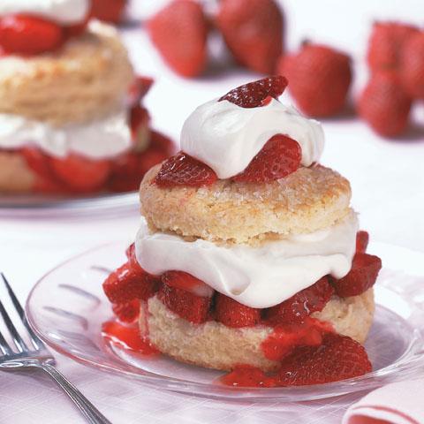 national strawberry shortcake day