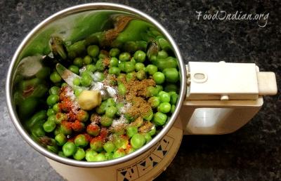 green pea paratha 2