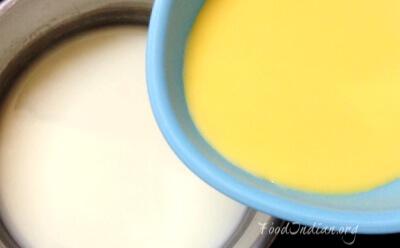 orange custard 8