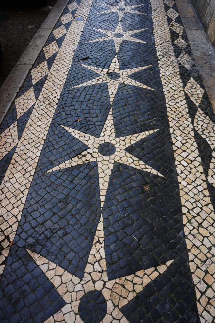 Sidewalks, Lisbon-style