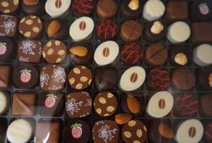 Chocolate art at Richart