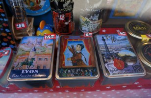 Fun decorative tins in the window at La Vieille Conserverie