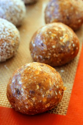 peanut butter protien balls 2