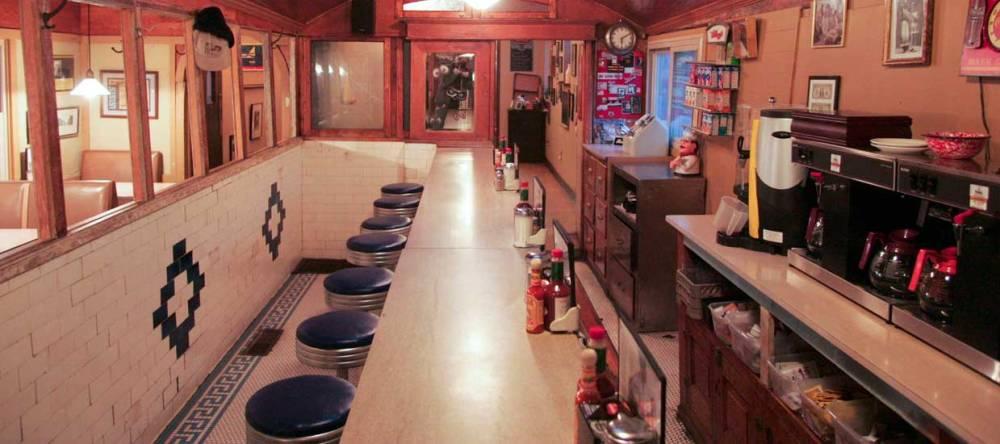 Franks Diner Kenosha Inside