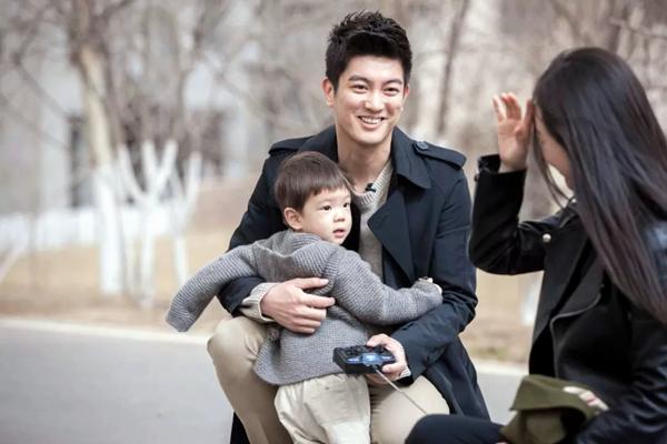 杜江自曝带儿子参加真人秀的感受