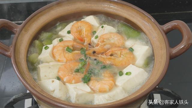 水豆腐别煎着吃了,教你一个多汁味美开胃下饭