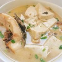 魚頭湯很多人做錯了,分享3個要點湯汁奶白無腥味