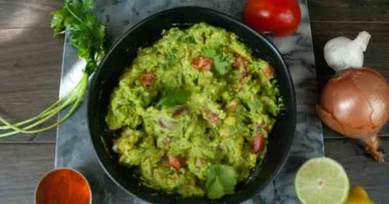How to make guacamole with a kick   Easy Guacamole Recipe