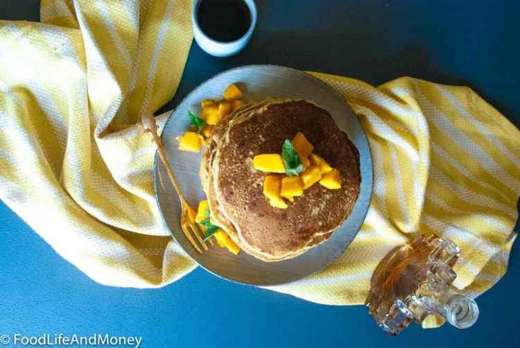 Whole wheat eggless pancakes
