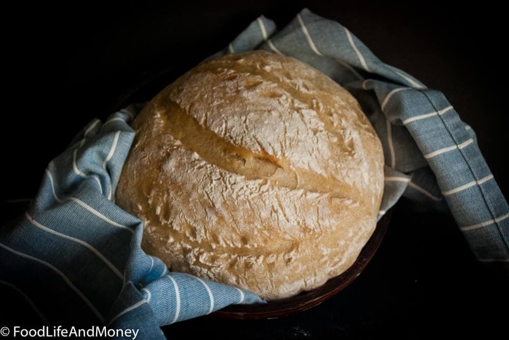 Recipe for no knead sourdough bread