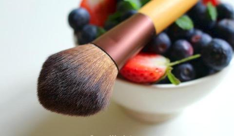 berries-1373852_640