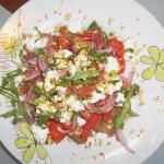 Салат с баклажанами и рукколой