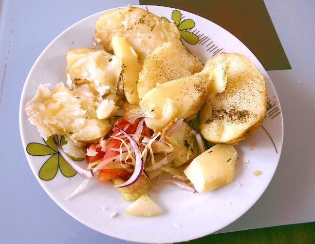 Картофель запеченый в фольге в духовке graphic