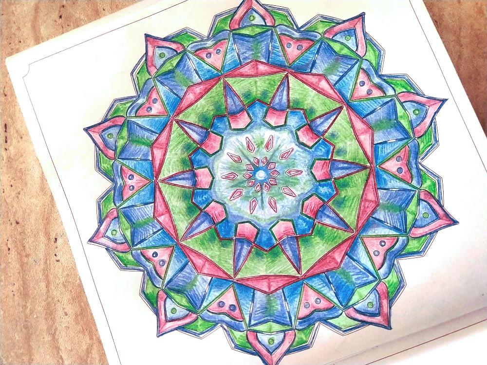Мандалы и раскраски