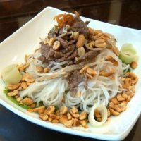 A little nostalgia with Southern-style beef noodle salad (Bún bò Nam Bộ)
