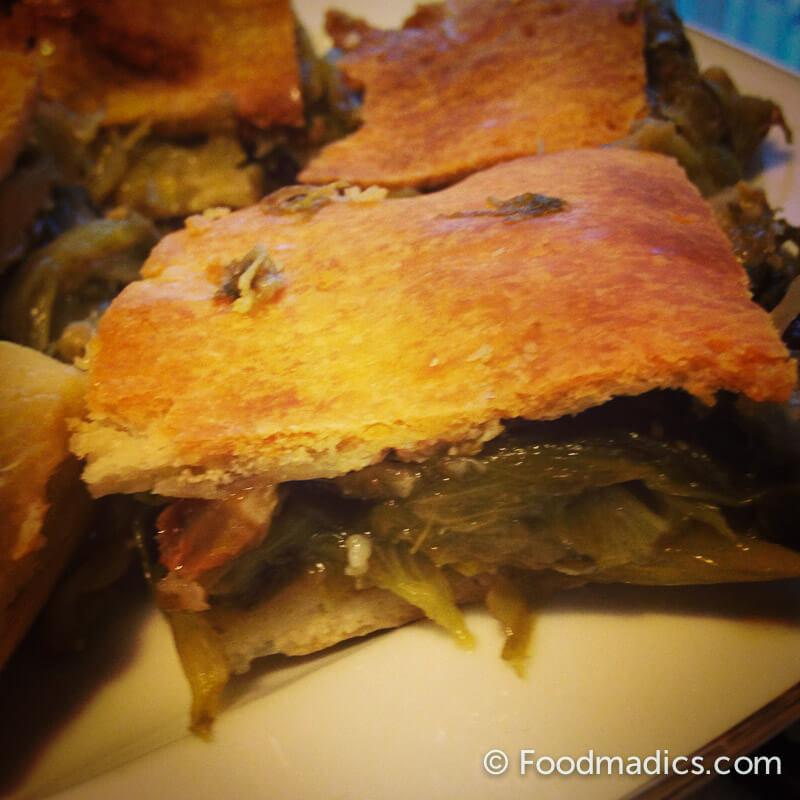 pizza_scarola_southern_italy