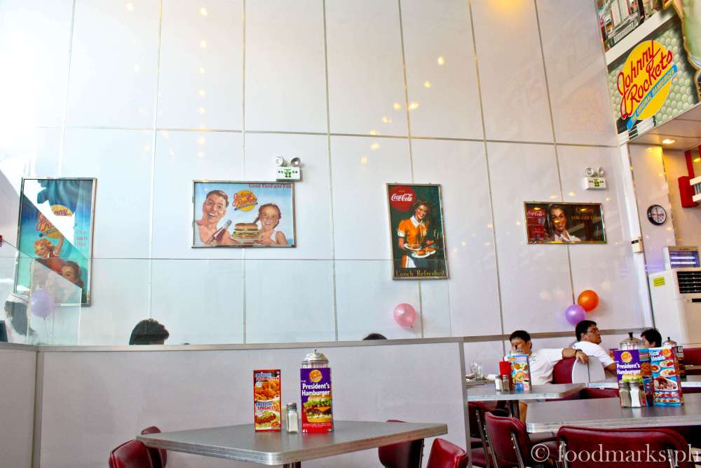 Johnny Rockets: An American Diner Experience (5/6)