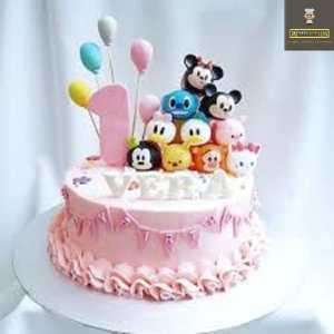 Customized Cakes 1
