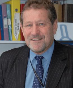 Dr Tom Sanders
