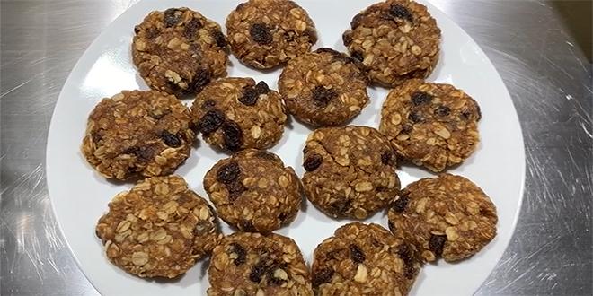 Five Ingredient No Bake Cookie