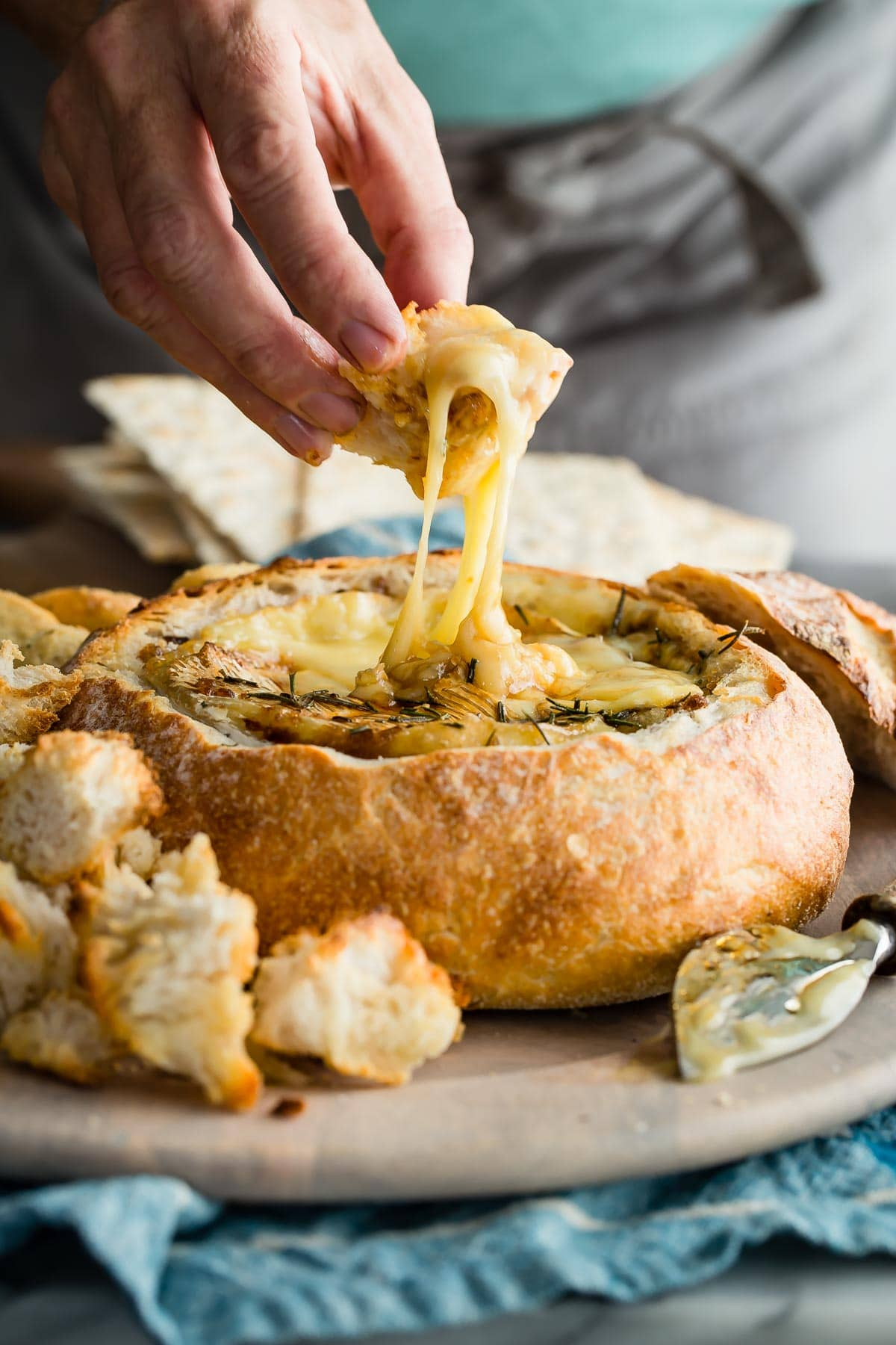 Baked Brie In A Sourdough Bread Bowl Foodness Gracious