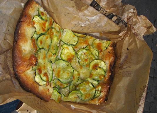 Campo de' Fiori's zucchini pizza