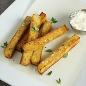 Herbed Polenta Fries: Crispy, cheesy and brusting with flavor: what's not to like?