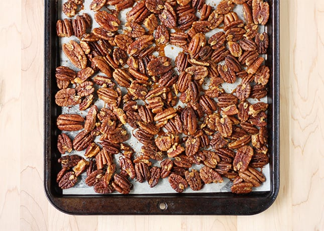 Spicy & Sweet Cocktail Pecans
