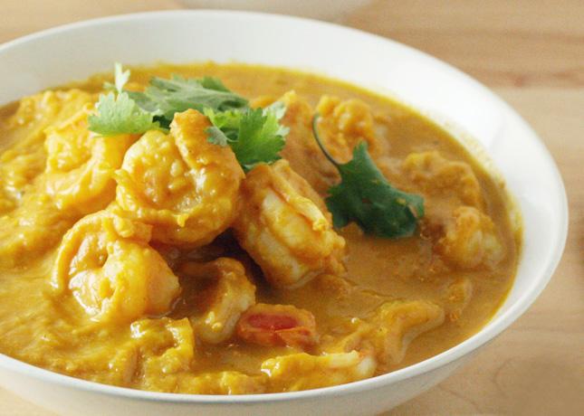 Pumpkin-Shrimp Curry // FoodNouveau.com
