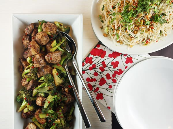 Wok-Fried Salt & Pepper Chicken // FoodNouveau.com