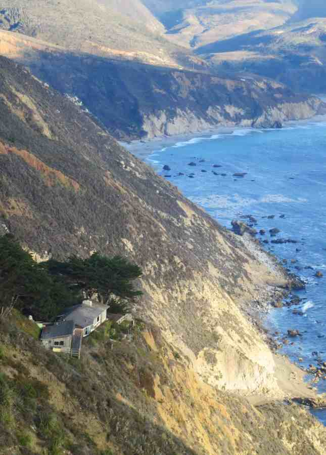 A very private house on the Big Sur coast, California // FoodNouveau.com
