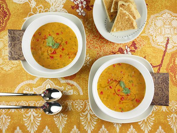 Red Lentil Soup with Lemon // FoodNouveau.com