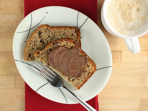 The Perfect Banana Bread // FoodNouveau.com