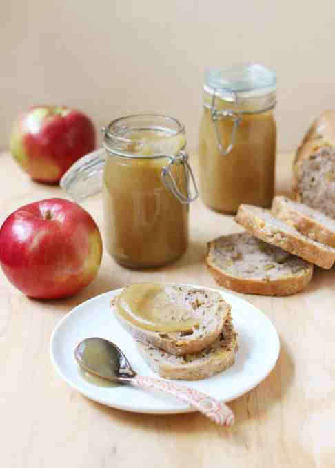 How to Make Apple Butter {with Video!}