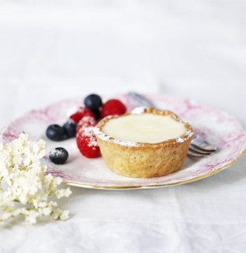Elderflower Cream Shortbread Tartlets